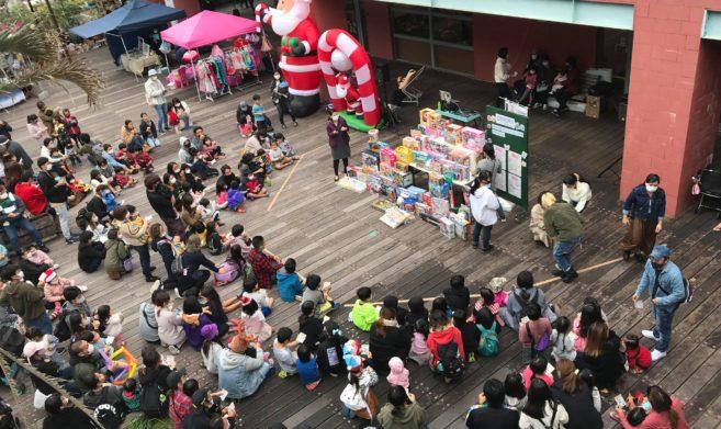 毎月第3日曜日には、ネーブルカデナでチャリティーフリーマーケットを開催しています。